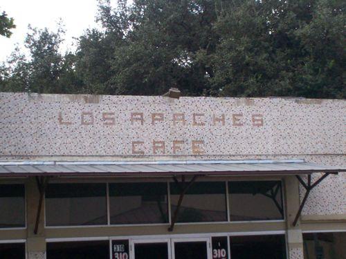 Los Apaches Cafe