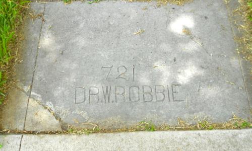 Dr W Robbie